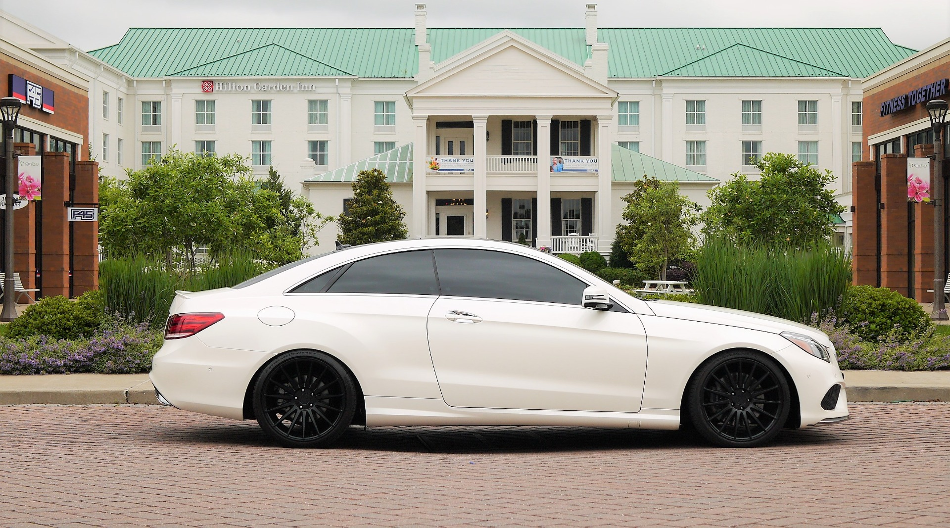 Used-2016-Mercedes-Benz-S-550-4MATIC-Coupe